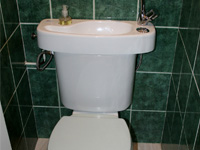 Hand wash basin fitting on already installed toilets, WiCi Concept - Mr et Ms M (France - 62)