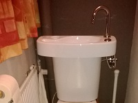 WiCi Concept adaptable WiCi Concept hand wash basin kit for toilets - Mr C (Belgium) - 1 of 2