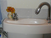 WiCi Concept water-saving basin kit fitting on already installed toilets - Ms P (France - 06)