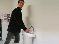 WiCi Concept hand wash basin, in action - 1 of 3